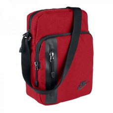 Nike Core Small Items 3.0  657