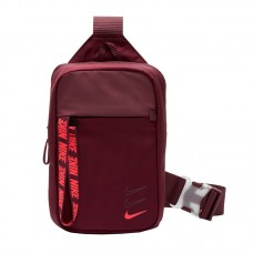 Nike Advance Essentials 681